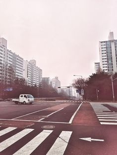 Pinky crossroad