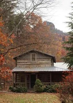 Yes, please. A log cabin hideaway placed near mountains and Nature's beauty. A dream of mine.
