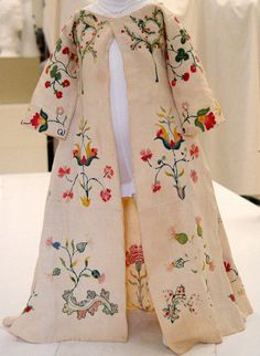 Mid-18th Century American Dress