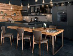 Küche in schwarz. Home Staging. Kitchen Cabinet Design, Black Kitchens, Apartment Dining, Kitchen Decor, Apartment Decorating Black, Kitchen Island Dining Table, Apartment Kitchen, Kitchen Decor Apartment, Kitchen Design