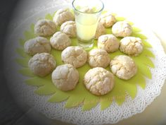 Biscotti profumati al limone