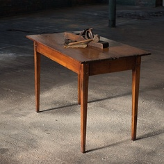 Charmant Small Accent Table Handcrafted From Antique Reclaimed Wood From The 1700u0027s  Made By Mobili Farm Tables