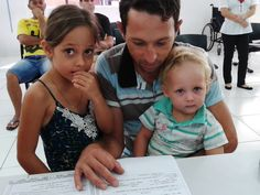 Vitor Hugo foi com sua irmã ao Poupatempo Andradina para tirar seu primeiro RG.