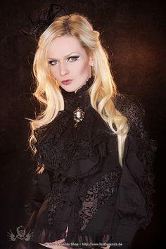 Stunning Goth and Steampunk Wemen | viktorianische-bluse-gothic-steampunk--11351.jpg
