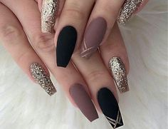 22 totally classy nail designs to rock this winter 2019 , Nails nails nails. The trend towards long stiletto nails has come and will remain. The winter season requires dark, mauve colors with . Black Coffin Nails, Matte Black Nails, Rose Gold Nails, Glitter Nails, Gold Glitter, Glitter Art, Stiletto Nails, Matte Gold, Glitter Acrylics