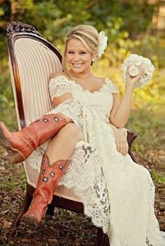 24 Bridal Inspiration: Country Style Wedding Dresses | Pinterest ...