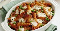 Der perfekte Nudelauflauf für Kinder: In dem Gericht stecken Nudeln, leckere Tomatensoße, Erbsen und Mozzarella – das mag garantiert jedes Kind (und auch jeder Erwachsene...)!