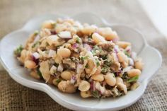White Bean and Tuna Salad {Simply Recipes} - Great for a cold (or hot) lunch at work. Tuna Recipes, Seafood Recipes, Salad Recipes, Healthy Recipes, Mezze, Cooking Tips, Cooking Recipes, Simply Recipes, Tuna