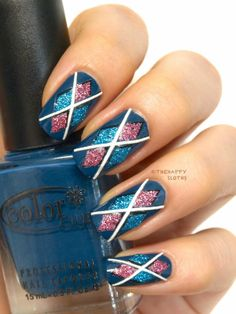 The Happy Sloths: Argyle Nails: Manicure Featuring 3D Design Nail Stickers