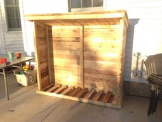 Firewood Shed From Recycled Pallets Pallet For Outdoor Projects