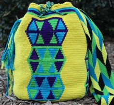 Mobolso - Arco Iris - Wayuu Mochila
