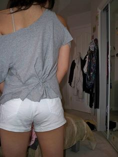 DIY INSPIRATIONAL IMAGES :New way to make an oversized t-shirt fit by salinabear, LOTS OF SHIRTS via Flickr