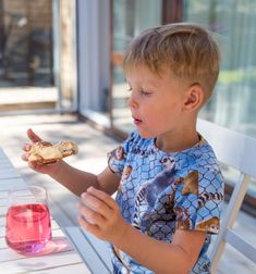 Bullar med kanel och kardemumma | Fredriks fika Best Chocolate Cake, Palm Beach Sandals, Children, Sweet Tooth, Instagram, Love, Young Children, Boys, Kids