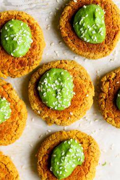 Baked Carrot Falafel Recipe with Green Tahini | yummybeet.com