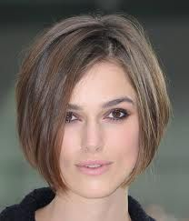As beautiful as this hair looks on her, I wouldn't wanna go this short, but I just love the subtle highlights!