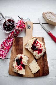 Danish Cuisine, Danish Food, Vegan Snacks, Snack Recipes, Cooking Recipes, Breakfast Snacks, Food Styling, Love Food, Food Inspiration