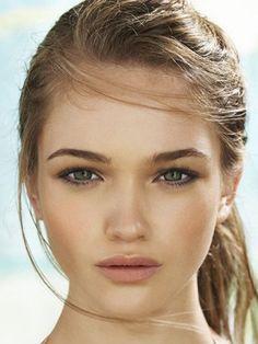 Eye Makeup For Small Eyes Pinterest