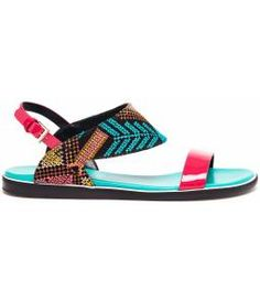Love these flats!! They sort of remind me of a an indian headdress, feathers, beadwork, turquoise, shoes