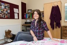 Forest Grove shared house: great for friends sharing. It's close to the main entrance and Students' Union. Rebecca is a third year Sports and Exercise science. Students' Union, Forest Grove, Main Entrance, Third, Study, Science, Exercise, Friends, Sports