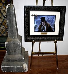 Wow! BATMAN PROP Tombstone DANNY DEVITO Signed COA UACC DVD Frame  Easel @ niftywarehouse.com Batman Collectibles, Danny Devito, Movie Props, Original Movie, Easel, Marvel Dc, Psychedelic, Museum, Superhero