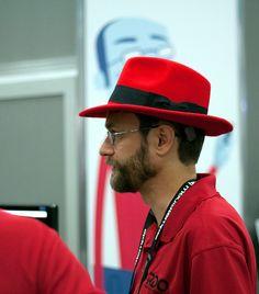 Es gratis, pero da dinero: la lucrativa paradoja de Red Hat y el negocio del 'software' libre