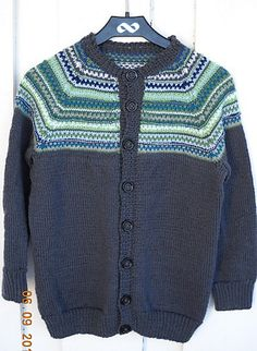 Ravelry: garnglede's Retrojakke Ravelry, Projects, Sweaters, Color, Fashion, Children, Log Projects, Moda, Blue Prints