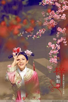 Cute girl in deep the Harem of Qing dynasty