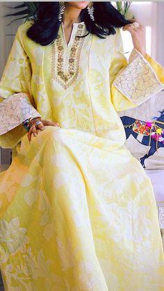 It's the sunshine colour again, a cooler version Jalabiyya Abaya Style, Hijab Style, Style Oriental, Oriental Fashion, Pakistani Dress Design, Pakistani Wedding Dresses, Pakistani Outfits, Kaftan Gown, Style Africain
