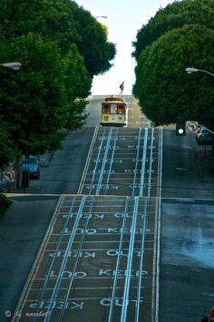 Green Light, San Francisco, California photo via antiopia
