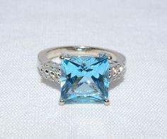 Synthetic Blue Zircon Lady's Stone & Diamond Ring 12 Diamonds .12 Carat T.W.