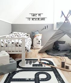 ⭐️ Give them a room that will encourage their creativity + imagination! Toddler Rooms, Baby Boy Rooms, Baby Room, Toddler Bed, Home Interior, Interior Design Living Room, Scandinavian Kids Rooms, Toy Rooms, Nursery Inspiration