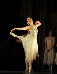 Birmingham Royal Ballet's Miki Mizutani in Le Baiser de la fée.