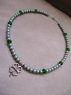 Four Leaf Clover Green Pearl Necklace