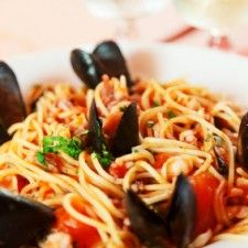 Spaghetti Mussels Fra Diavolo