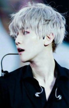ImageFind images and videos about kpop, exo and light on We Heart It - the app to get lost in what you love. Sehun Oh, Chanyeol Baekhyun, Exo K, Park Chanyeol, Kai, Kris Wu, Laura Lee, K Pop, Exo Ot12