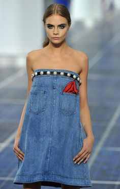 Chanel: Runway - Paris Fashion Week Womenswear Spring / Summer 2013 It's a long jean skirt pulled up and turned around.