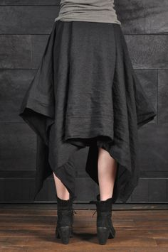 Sew two rectangular fabric pieces at the length, but leave a (hemmed) hole for the waist __ Uma Wang – Wool Skirt