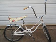 Vintage Stingray Fairlady Schwinn bike