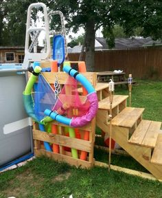 Pallets Recycled I needed a safer entry to our swimming pool. I used pallet boards and a few store bought pieces to … - I needed a safer entry to our swimming pool. I used pallet boards and a few store bought pieces to … Above Ground Pool Landscaping, Above Ground Pool Decks, Backyard Pool Landscaping, In Ground Pools, Landscaping Ideas, Backyard Beach, Backyard Ideas, Pallet Pool, Outdoor Pallet