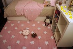 The adorable pink & white stars washable nursery is perfect for adding warmth and colour to a little girl's room.  (http://www.urbanmummy.co.uk/pink-white-stars-washable-childrens-rug/)