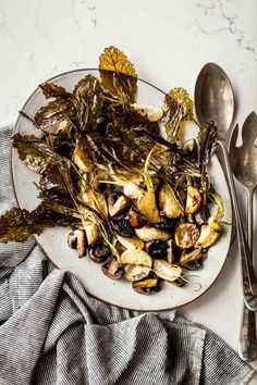 Let the spring produce shine! This side dish of roasted turnipsand mushrooms is a true celebration of the season's bounty. I chose to make this recipe because our CSA members and farmers market customers are seeing a lot of spring turnips from us these days and I want to highlight them in more recipes.When you're …