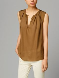 JACQUARD TOP WITH DETAILING