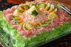 Smörgåstårta på bemärkelsedagen! Party Sandwiches, Sandwich Cake, Swedish Recipes, Savoury Cake, Food Design, Baking Recipes, Holiday Recipes, Brunch, Food And Drink
