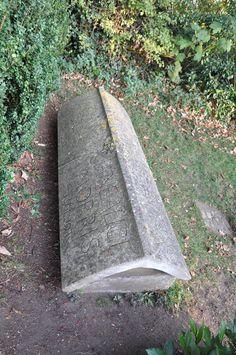 https://flic.kr/p/awHEy1   Kelmscott The tomb of William Morris by Philip Webb http://www.bwthornton.co.uk/visiting-stratford-upon-avon.php