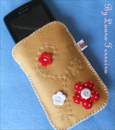 Case para celular em Feltro ( Perfeitas para proteger seu aparelho!)    Perfeito para presentear ♥    Peças Exclusivas!!    ♥