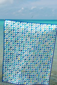Margaret's Hope Chest: Bermuda Blues  This quilt is so pretty. The back is pretty on its own but look at the front!