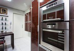Uma cozinha prática (De msaviarquitetura)