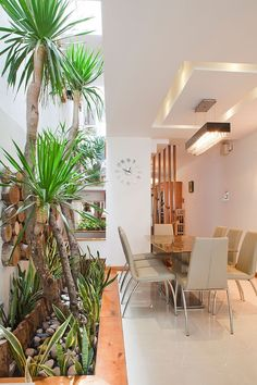 how to make small apartment flat townhouse house seem appear
