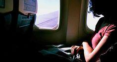 Avión tuvo que aterrizar por el escándalo de una mujer que descubrió que su esposo la engañaba