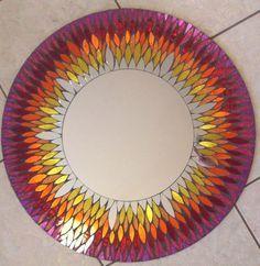 Manualidades con vidrio roto, espejo mosaico